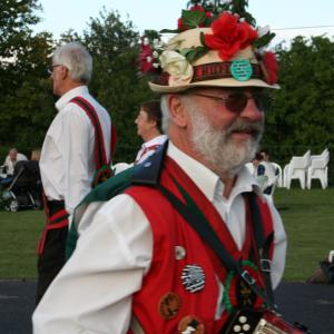 Hoxon Hundred morris dancing side